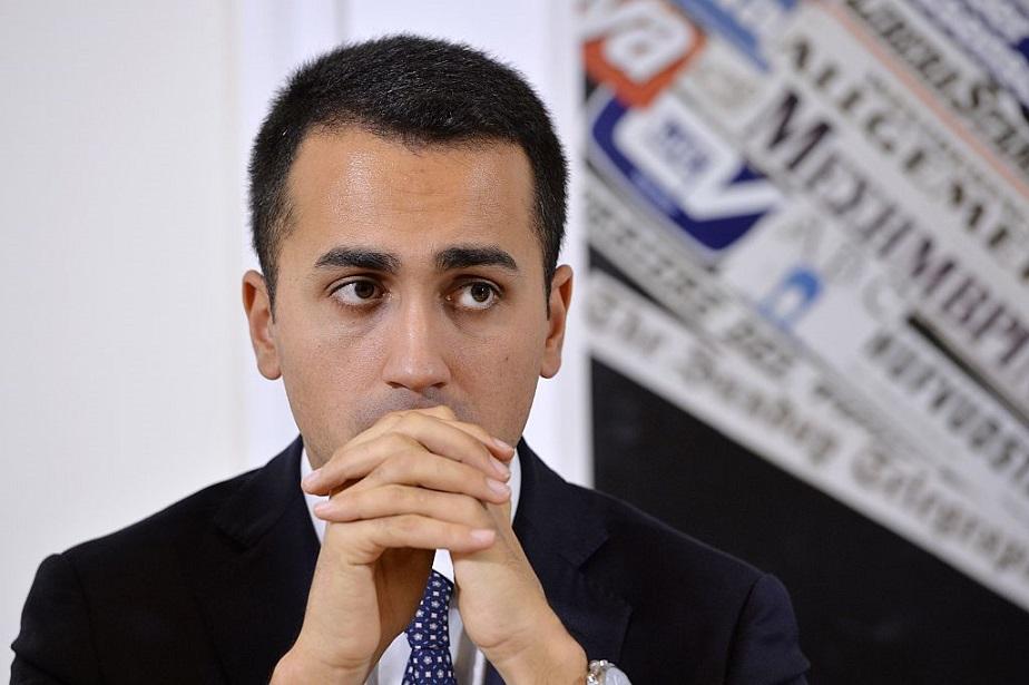 Politics Luigi Di Maio Tenta La Fuga Il Vice Presidente