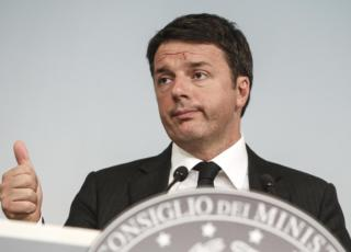 Matteo Renzi conferenza stampa Referendum