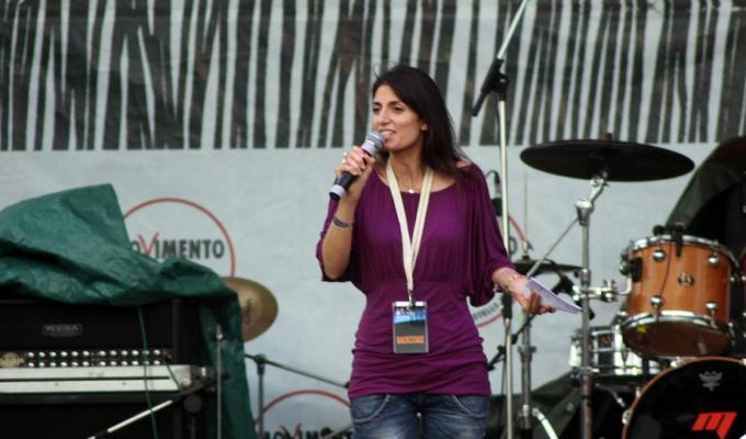 Virginia Raggi asili bando cancellato