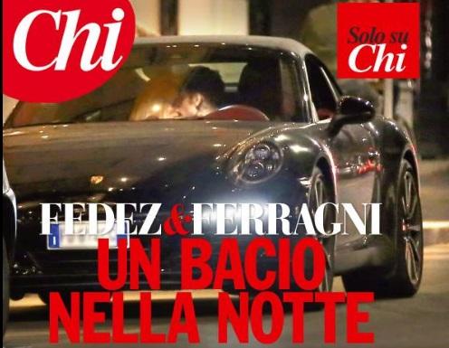 E' amore tra Fedez e Chiara Ferragni: un bacio nella notte