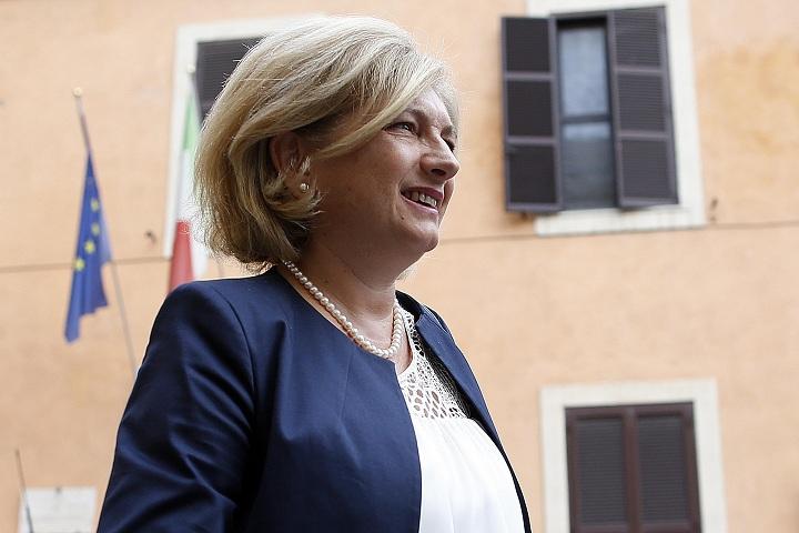 Roma, avviso di garanzia a Muraro: si dimette assessore