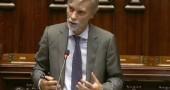 Ponte sullo Stretto di Messina: così Delrio smentisce Matteo Renzi. «Non ci interessa» | VIDEO