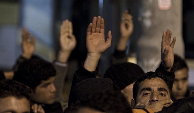 barricate contro profughi