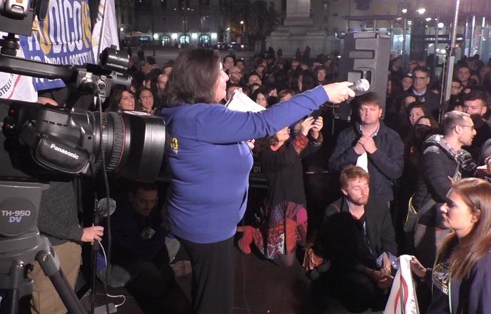 Manovra: M5S, emendamento di scambio Renzi-De Luca, degrado su pelle cittadini