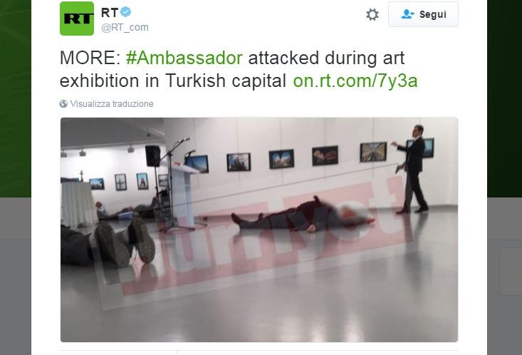 In un video l'ambasciatore russo colpito a morte