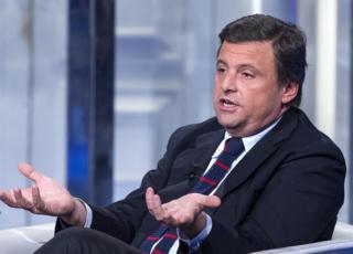 Carlo Calenda lascia Pd