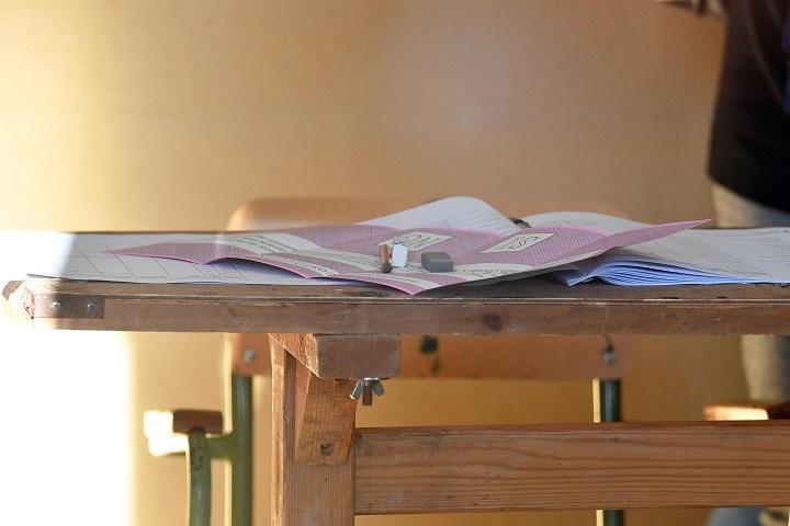 La bufala delle matite copiative per truccare il referendum: ecco come funzionano