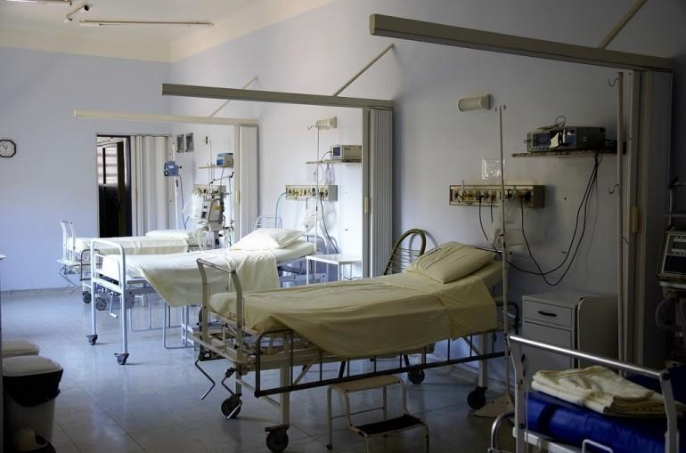 Meningite a Vibo Valentia: morto 50enne per infezione da meningococco