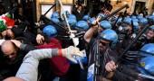 La protesta dei tassisti a Roma con l'ultradestra in prima fila