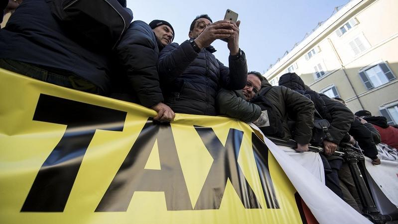 protesta taxi roma