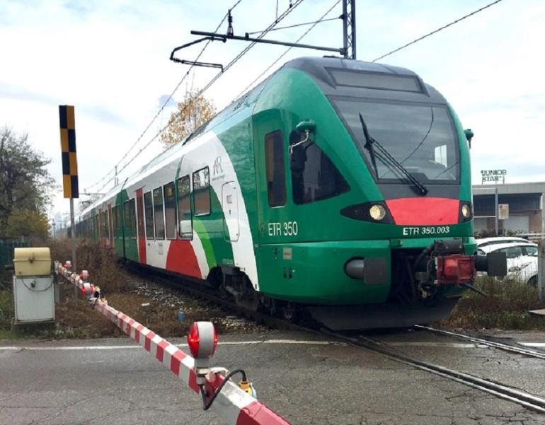 Grida 'Allah akbar' sul treno e scatena il panico: denunciato