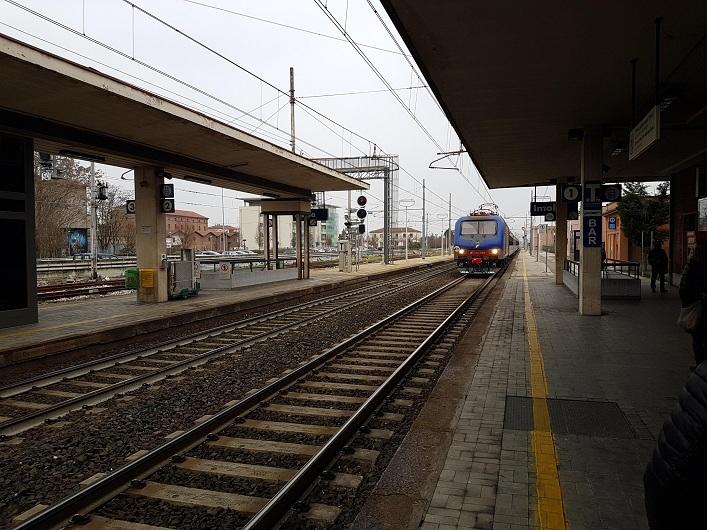 26 aprile 2017 | Scontro tra convogli ferroviari a Bressanone, morti 2 operai