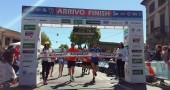 Matteo Renzi corre la maratonina di Prato in 2 ore