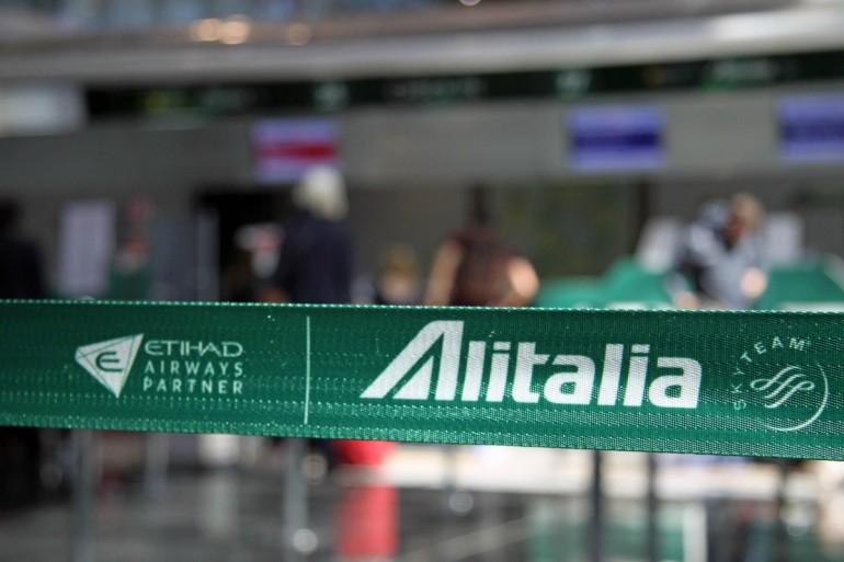 Alitalia, Calenda: prestito ponte 400 mln