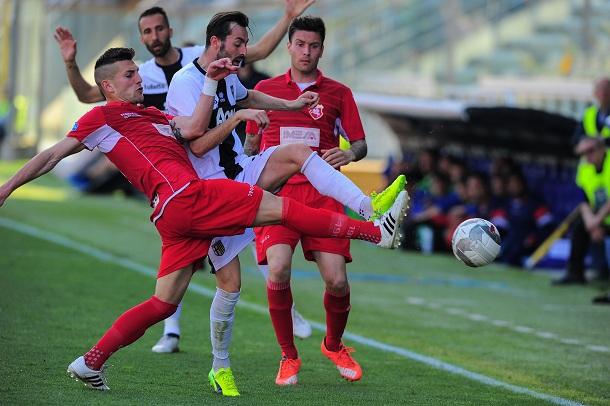 Calcioscommesse: Pozzuoli e quelle vincite anomale su Parma-Ancona