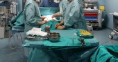 La Procura di Bari: bimba morta per una lite tra due medici (che si contendevano la sala operatoria)