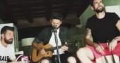 Giocatori del Chievo suonano una canzone (inedita) per Francesco Totti   VIDEO