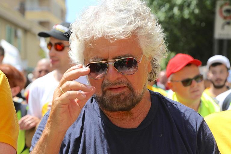 M5S, Parolin frena Beppe Grillo: