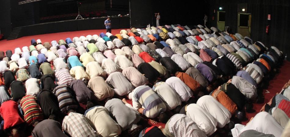 divieto musulmani Cantù