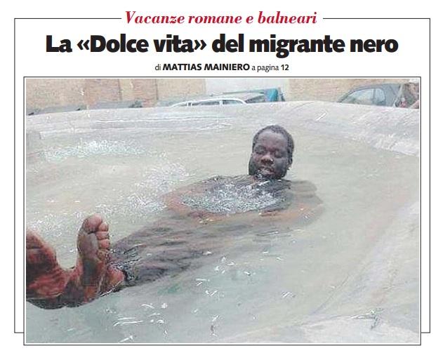 Roma bagno nella fontana libero s 39 indigna per il migrante nero - Bagno fontana di trevi ...