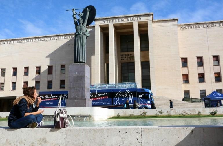 Università, Rapporto AlmaLaurea: italiani si laureano a 26 anni