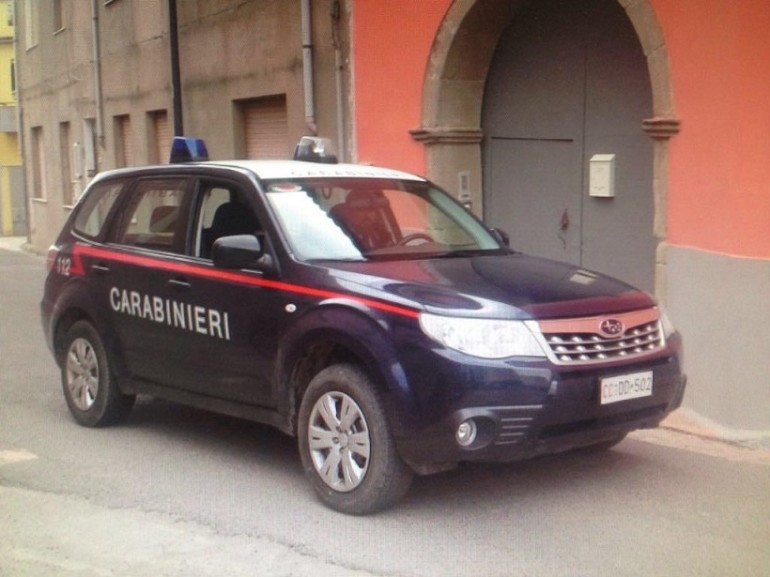 Pestaggi in caserma: 4 carabinieri arrestati. Pm: abusi
