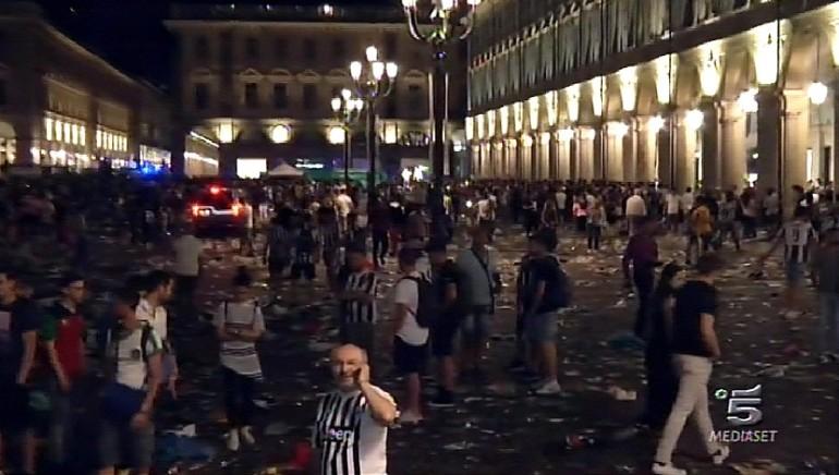Torino: procura, aperta inchiesta per lesioni plurime dimensione font +