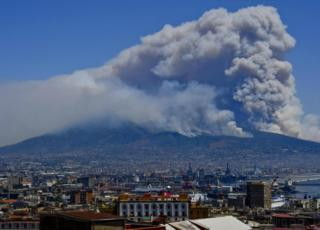 Incendi Messina Vesuvio Roma