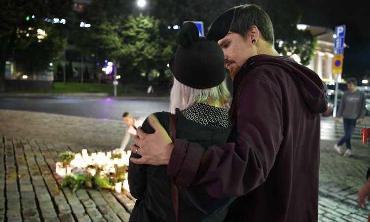 attentato Finlandia ferito italiano