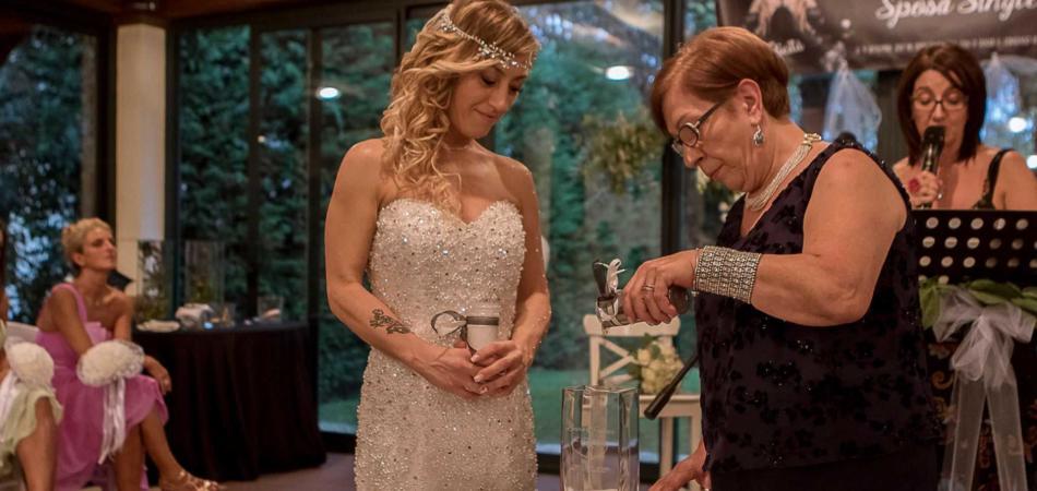 Laura sposa single