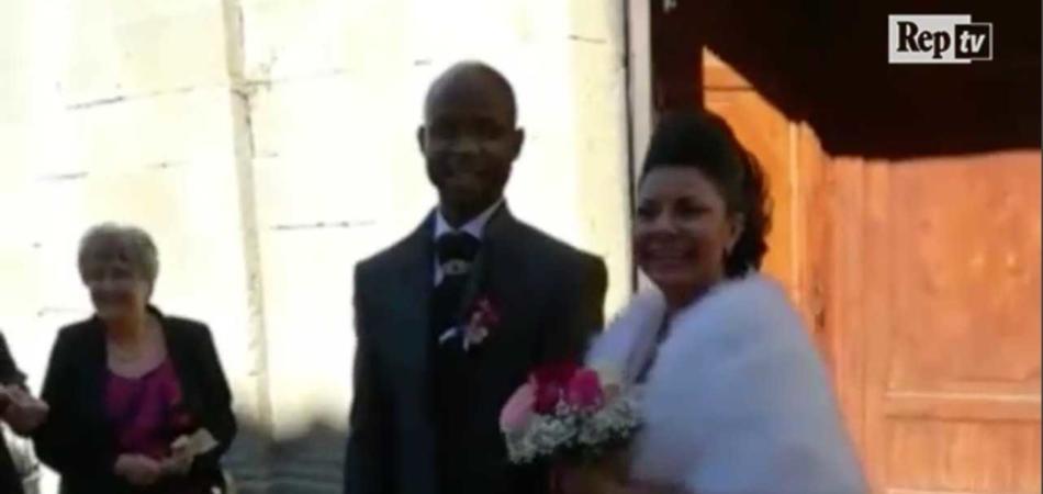 Battute razziste matrimonio richiedente asilo