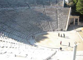 acustica dei teatri greci