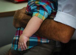 lite tra genitori per i vaccini
