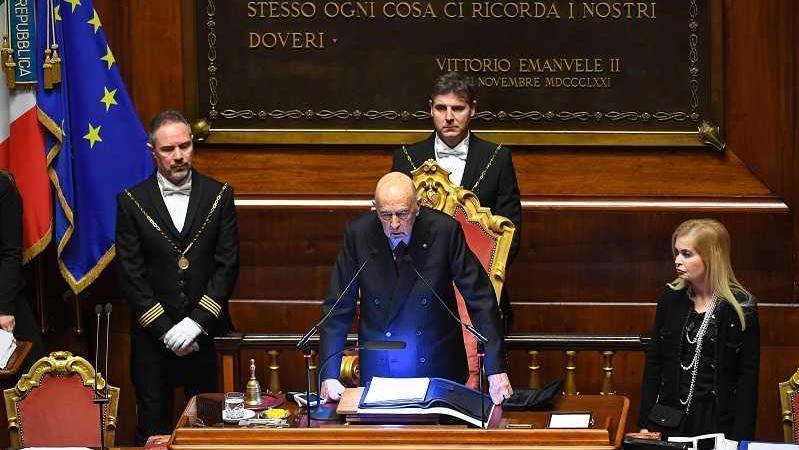 Elezioni presidenti camere il primo voto 592 schede for Membri camera dei deputati