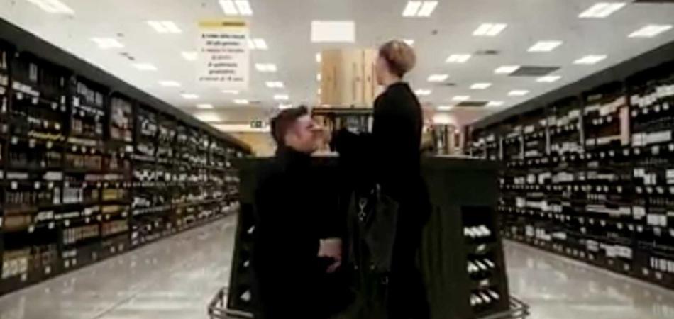 proposta matrimonio Esselunga