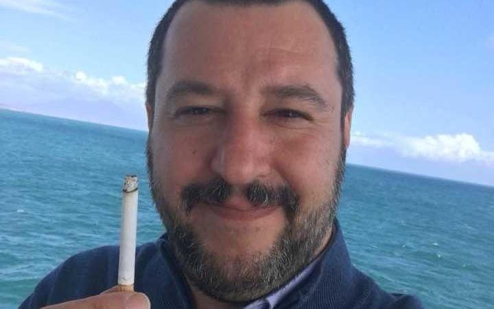 Matteo Salvini smette di fumare
