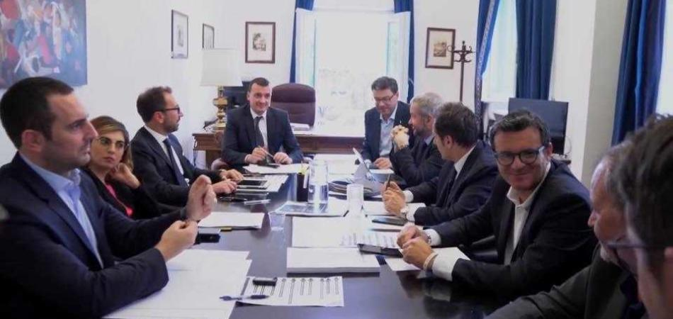 Casalino coordina governo
