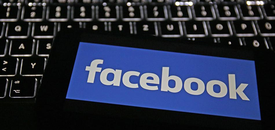 Facebook sospende 200 app