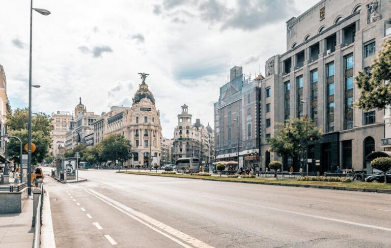 Madrid in lockdown parziale: oggi nella capitale il numero di nuovi contagi è quasi pari a quello in Italia